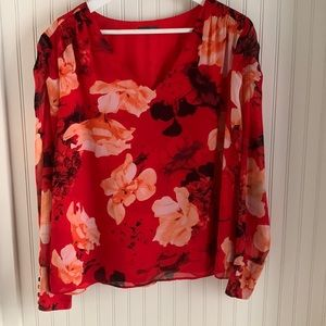 Vince Camuto Lined Long Sleeve Red Floral Blouse